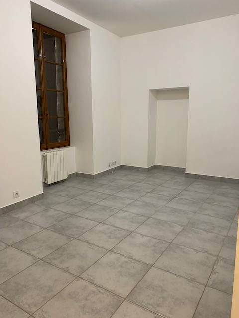 Location appartement Montlhery 621€ CC - Photo 4