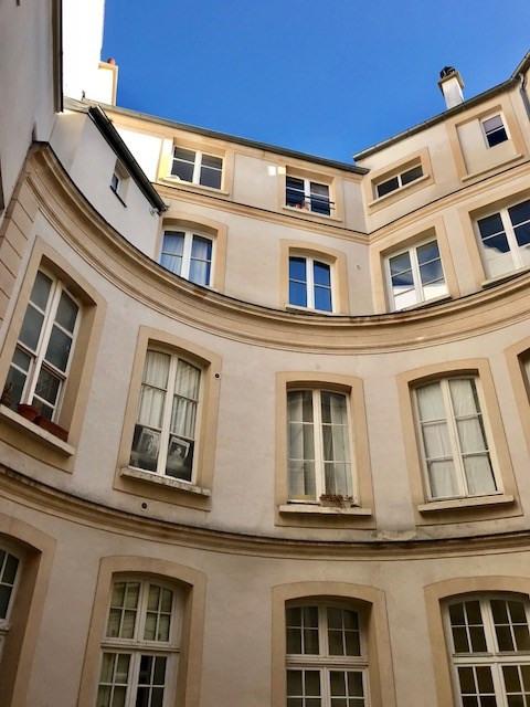 Sale apartment Paris 3ème 890000€ - Picture 5