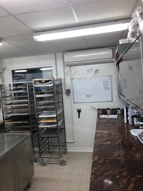 Commercial property sale shop Blois 184280€ - Picture 4