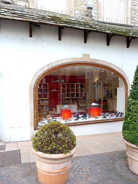Vente fonds de commerce boutique Macon 51000€ - Photo 2