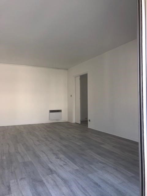 Rental apartment St germain en laye 1368€ CC - Picture 3