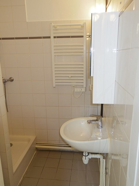 Location appartement Vincennes 750€ CC - Photo 3