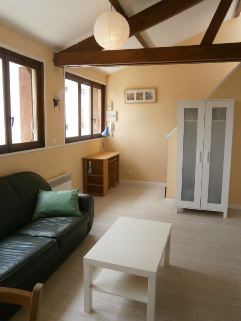 Rental apartment Fontainebleau 702€ CC - Picture 3