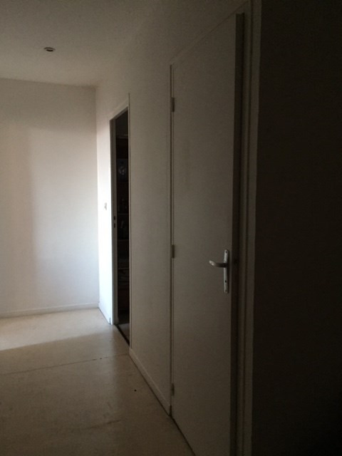 Rental apartment Saint-genest-lerpt 630€ CC - Picture 5