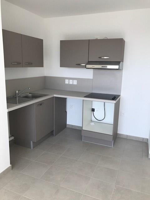 Rental apartment Montlhery 748€ CC - Picture 2