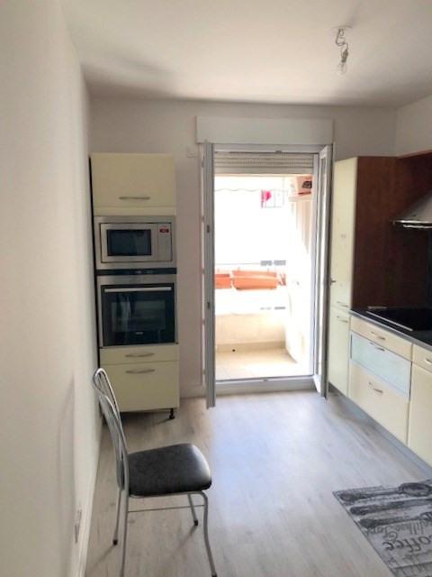 Sale apartment Lyon 3ème 540000€ - Picture 3