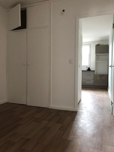 Rental apartment Saint germain en laye 1 195€ CC - Picture 1