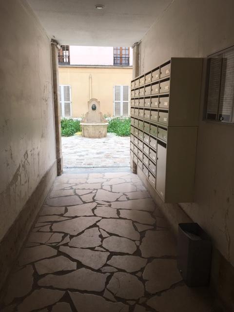Location appartement Paris 15ème 885€ CC - Photo 10