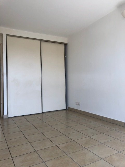 Verhuren  appartement St denis tadar 980€ CC - Foto 7