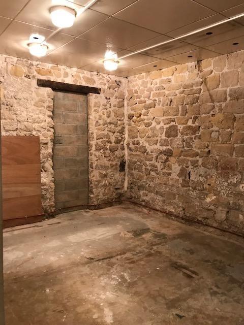 Rental empty room/storage Saint germain en laye 12100€ CC - Picture 7
