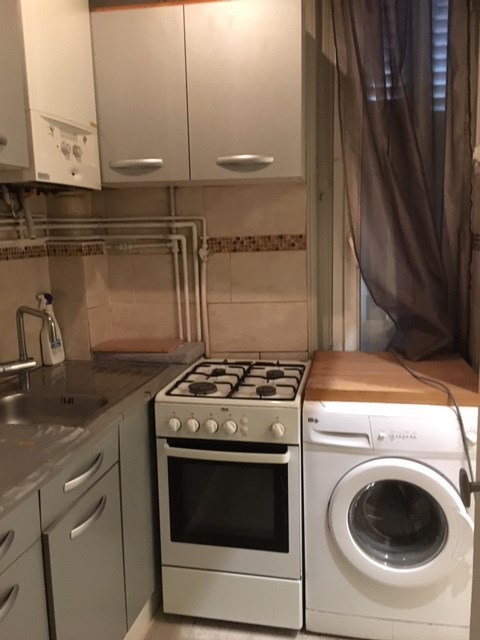 Location appartement Paris 18ème 849€ CC - Photo 6