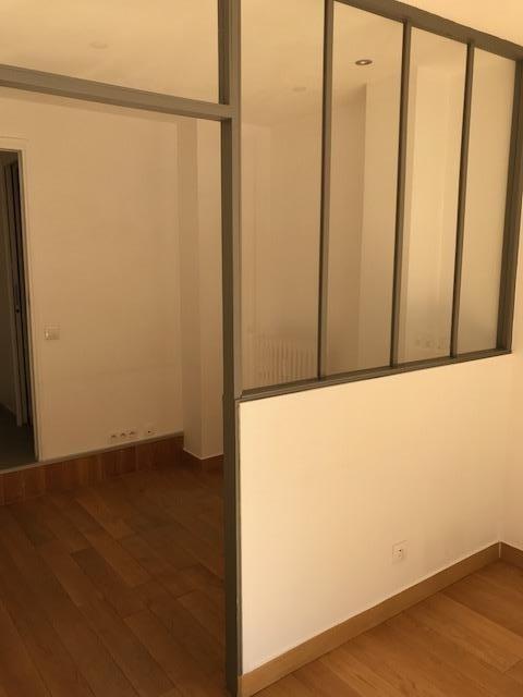 Rental empty room/storage Paris 15ème 1750€ HT/HC - Picture 4