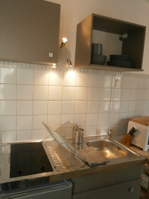 Location appartement Fontainebleau 846€ CC - Photo 2