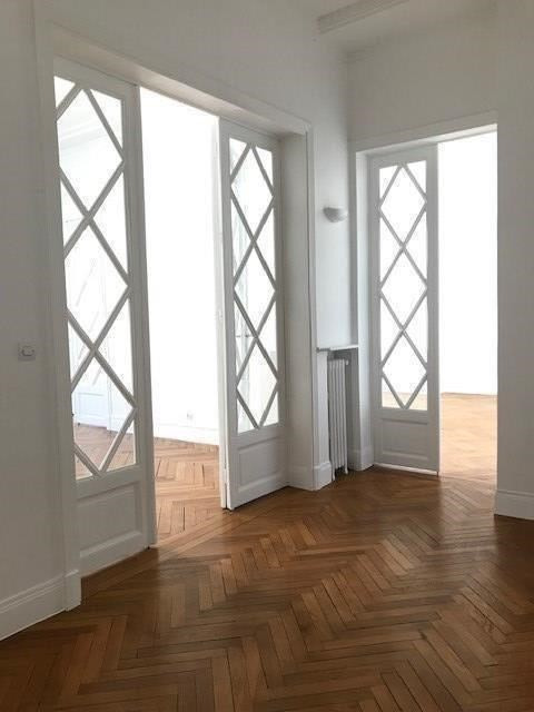 Rental apartment Paris 16ème 3990€ CC - Picture 8
