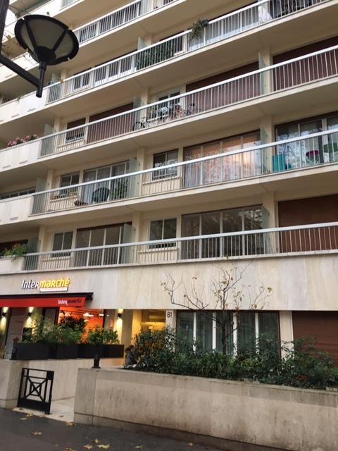 Sale apartment Paris 15ème 371000€ - Picture 11