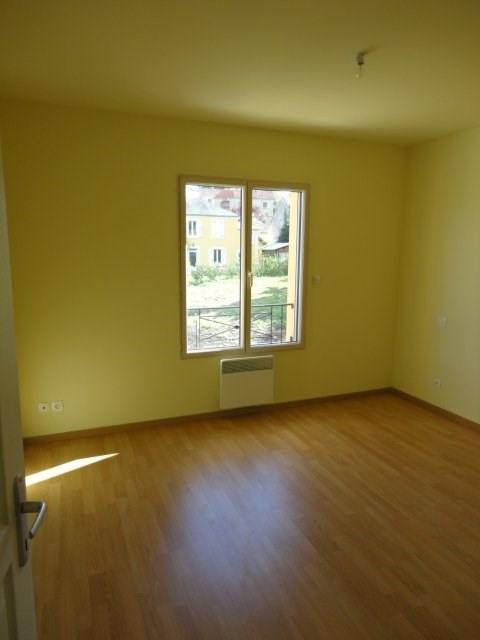 Rental apartment Gometz le chatel 852€ CC - Picture 2