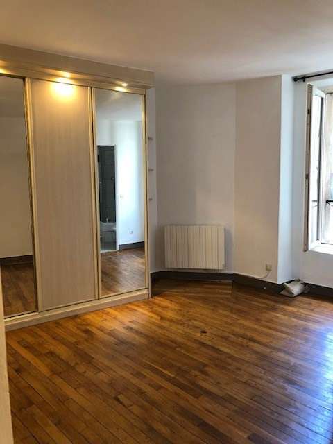 Location appartement Paris 5ème 1 685€ CC - Photo 9