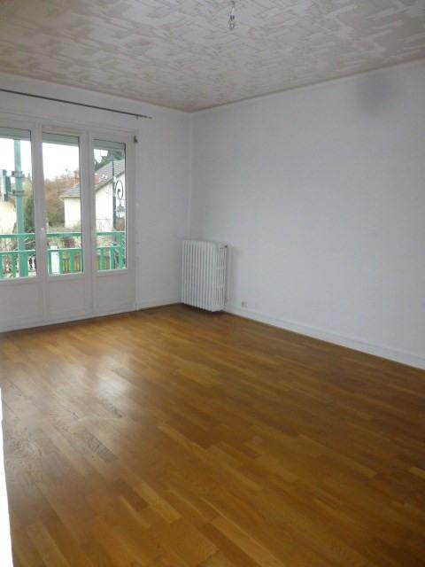 Rental apartment Gargenville 860€ CC - Picture 3