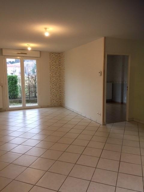 Location appartement Roche-la-moliere 564€ CC - Photo 3