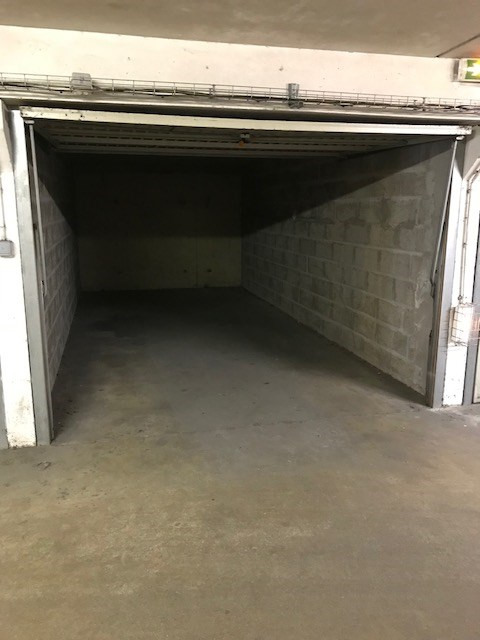 Location parking Vannes 100€ CC - Photo 3