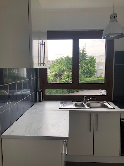 Location appartement Fresnes 845€ CC - Photo 6