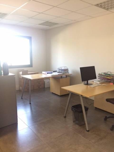 Sale office Avignon 193000€ - Picture 5