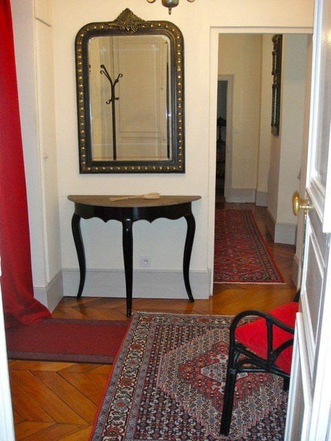 Location appartement Fontainebleau 2 402€ CC - Photo 3