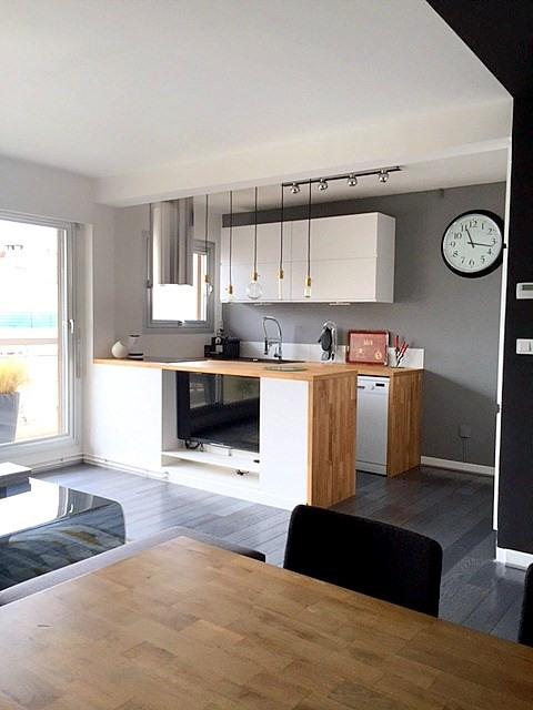 Location appartement Paris 15ème 1540€ CC - Photo 3