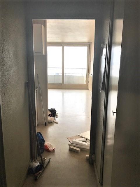 Vente appartement Paris 18ème 212000€ - Photo 2