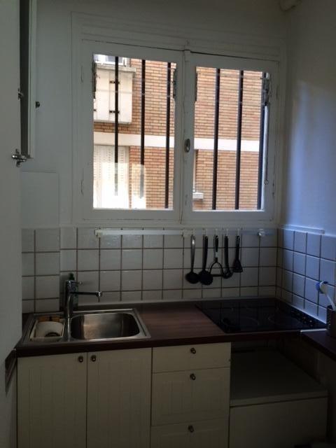 Rental apartment Paris 17ème 1385€ CC - Picture 7