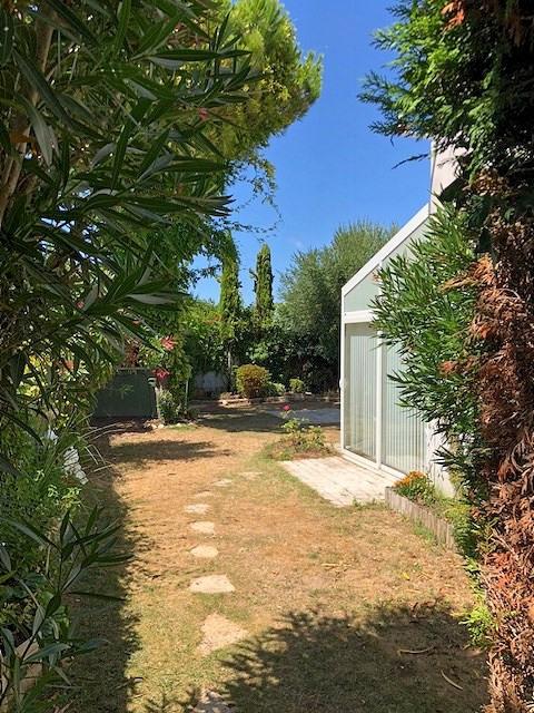 Sale house / villa Vaux sur mer 232100€ - Picture 12