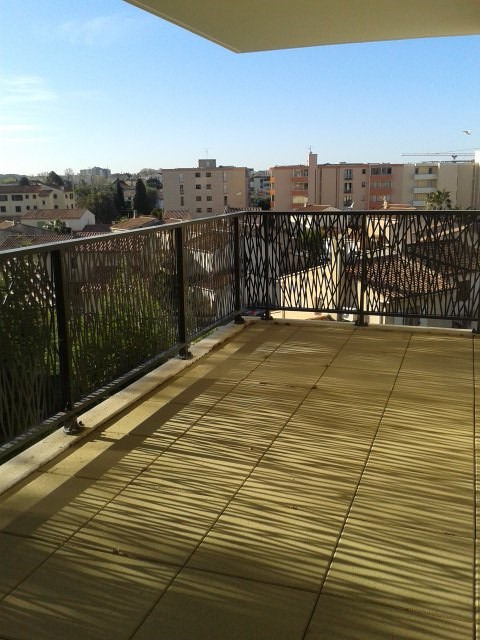 Location appartement Fréjus 917€ CC - Photo 4