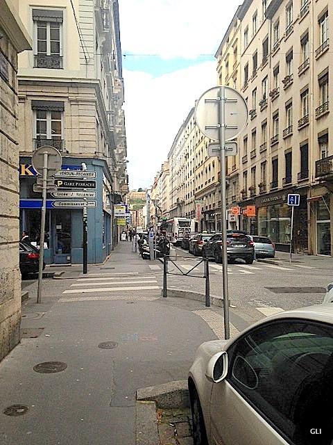 Location appartement Lyon 2ème 515€ CC - Photo 8