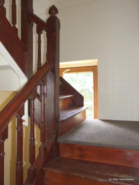 Sale house / villa Locmaria berrien 139100€ - Picture 9