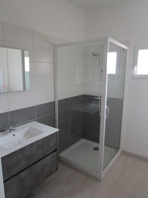 Location appartement St lo 431€ CC - Photo 4