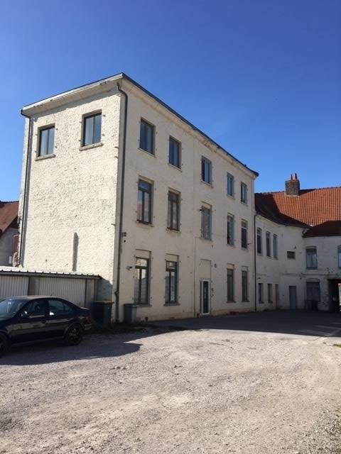 À vendre 231000 EUR à Aire-Sur-La-Lys (62): immeuble de 315m²