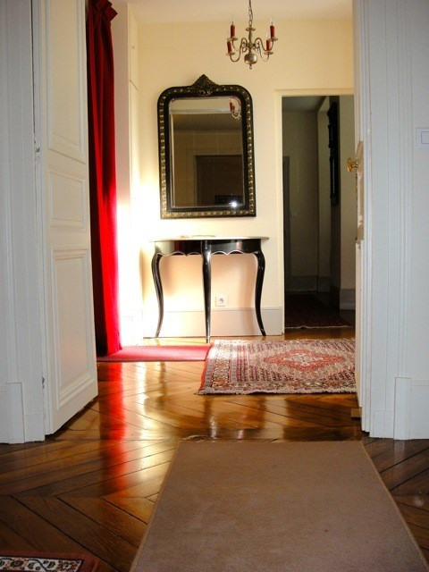 Location appartement Fontainebleau 2 402€ CC - Photo 5