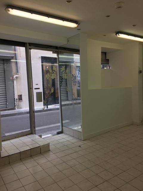 Location local commercial Paris 2ème 1200€ CC - Photo 2