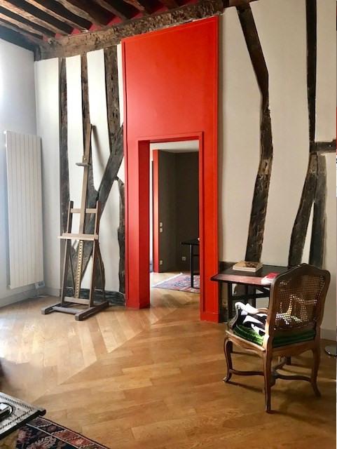 Sale apartment Paris 3ème 890000€ - Picture 4