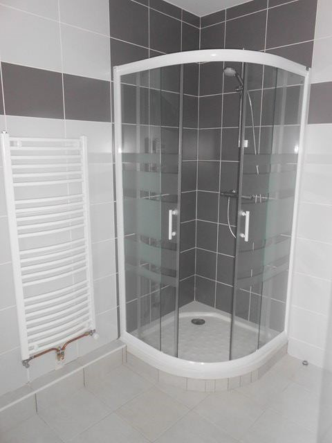 Verhuren  appartement Roche-la-moliere 572€ CC - Foto 3