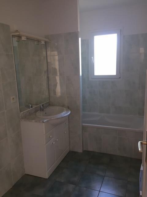 Rental house / villa Virelade 830€ CC - Picture 7