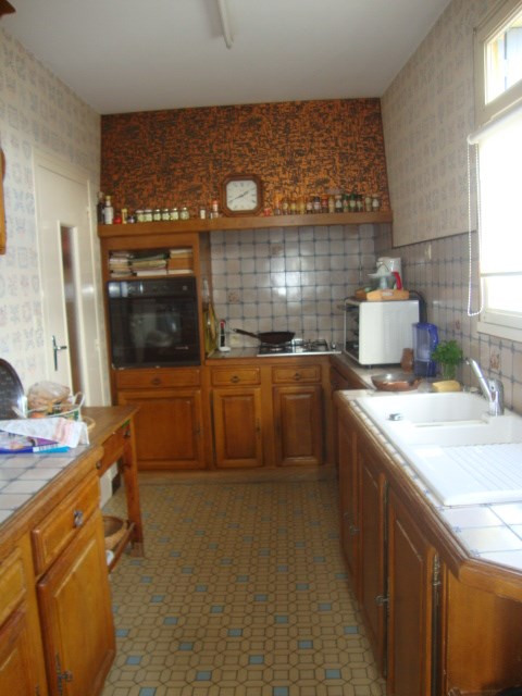Sale house / villa St jean d'angely 164 300€ - Picture 3