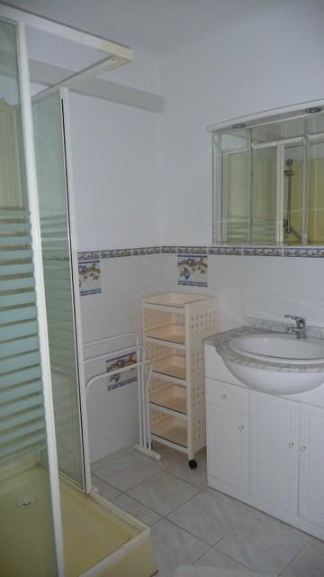 Location vacances maison / villa Les issambres 1105€ - Photo 9