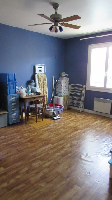 Sale house / villa Saint-jean-d'angély 180 200€ - Picture 6