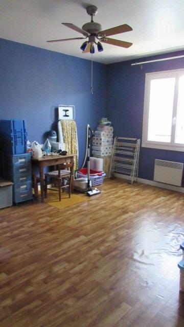 Sale house / villa Saint-jean-d'angély 180200€ - Picture 6