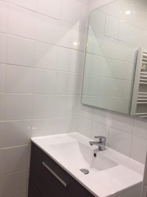 Verhuren  appartement Saint-genest-lerpt 478€ CC - Foto 6
