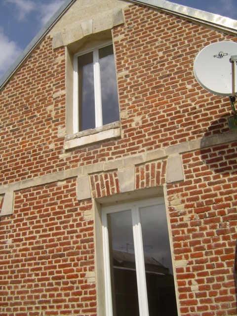 Rental house / villa Saint quentin 515€ CC - Picture 3