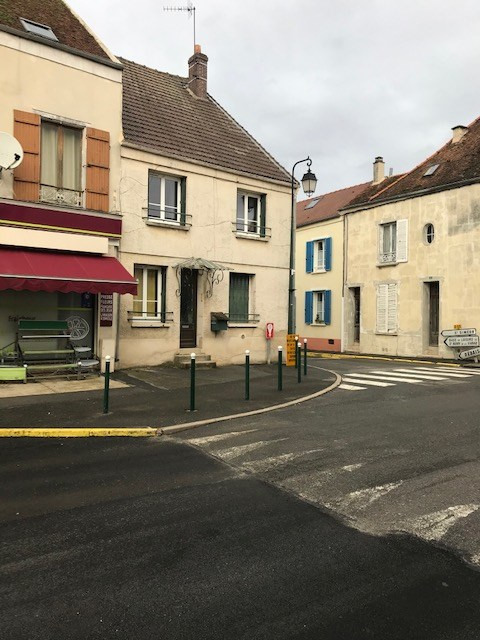 Sale building Coulommiers 232000€ - Picture 1