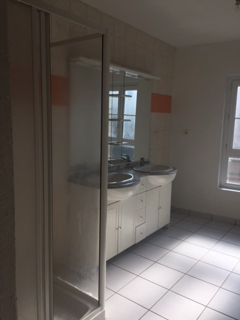 Rental apartment Saint-didier-en-velay 390€ CC - Picture 5