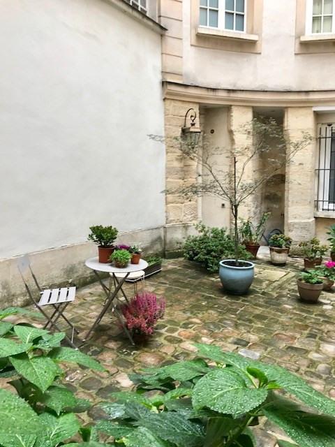 Sale apartment Paris 3ème 890000€ - Picture 9